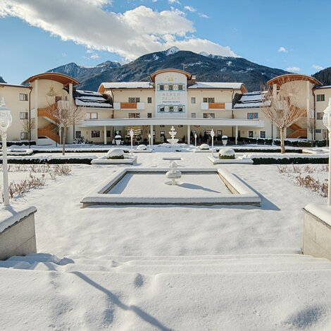 Winter Außenansicht | Best Alpine Wellness Hotel Alpenpalace, Südtirol