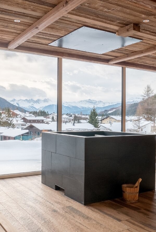 Sauna mit Winterpanorama | Best Alpine Wellness Hotel Astoria, Tirol