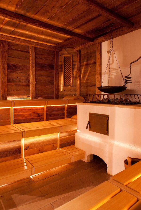 Traditionelle Sauna in Holzoptik | Best Alpine Wellness Hotel Post, Wellness Tirol