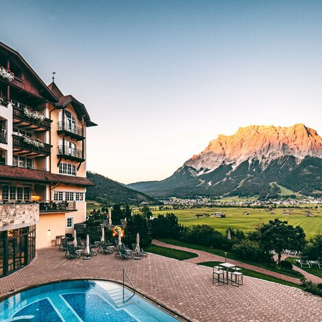 Exterior View with Zugspitze | 4 Star Superior Wellnesshotel Post, Austria