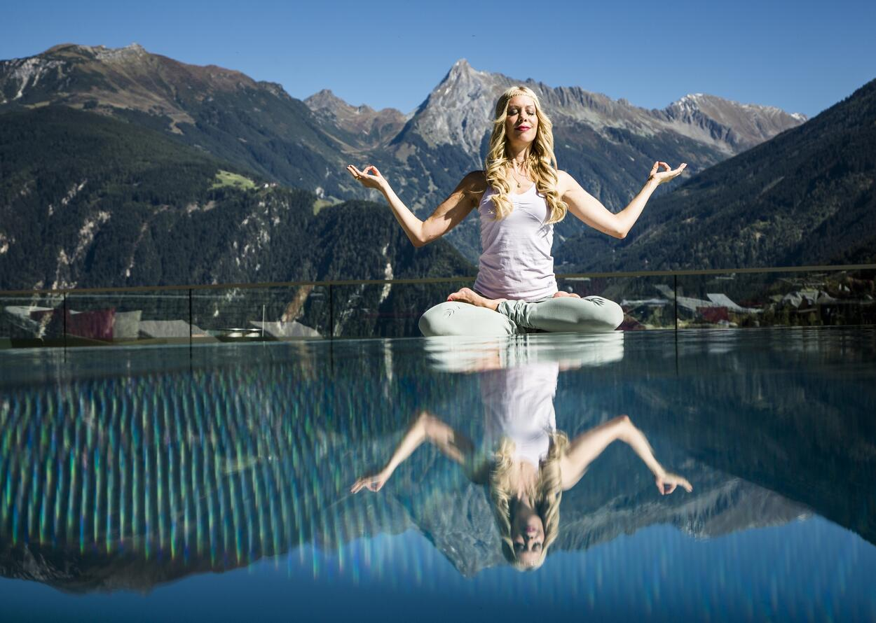 Yogakurse | Best Alpine Wellnesshotel Stock, Zillertal